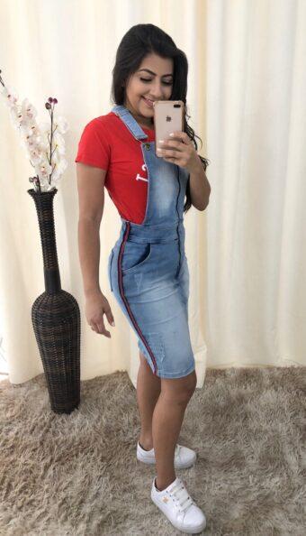 Jardineira Jeans Juliana em Áquila Tauheny Store | Moda evangélica