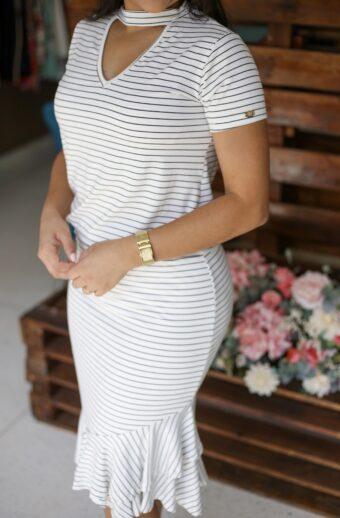 Vestido Listrado Lívia em Áquila Tauheny Store | Moda Evangélica