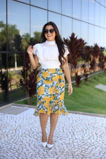 Cropped Renda e Saia Crepe Floral em Áquila Tauheny Store | Moda Evangélica