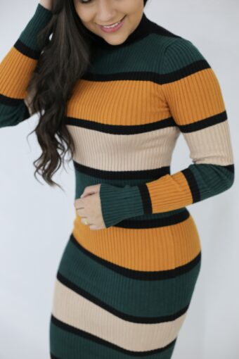 Vestido Tricot Listrado Laranja em Áquila Tauheny Store   Moda Evangélica