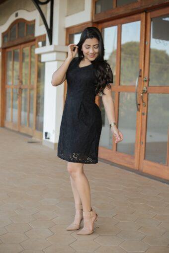 Vestido Renda Preto em Áquila Tauheny Store   Moda Evangélica