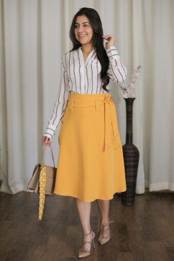 Saia Midi Mostarda Jany Pim em Áquila Tauheny Store | Moda Evangélica