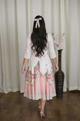 Vestido Midi Floral Jany Pim em Áquila Tauheny Store | Moda Evangélica