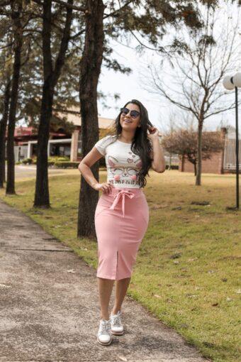 Saia Midi Rosa em Áquila Tauheny Store | Moda Evangélica