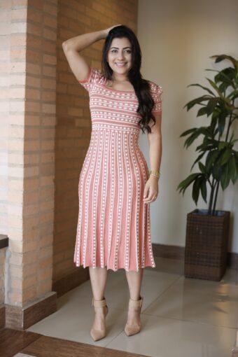 Vestido Tricot Evasê em Áquila Tauheny Store | Moda Evangélica