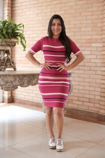 Vestido Tricot Listrado Pink em Áquila Tauheny Store | Moda Evangélica