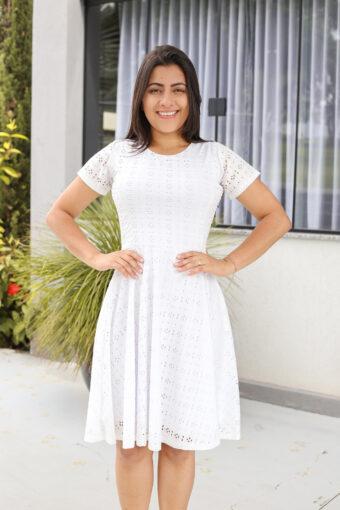 Vestido Godê Lasie Branco em Áquila Tauheny Store | Moda Evangélica