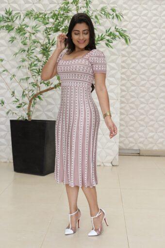 Vestido Tricot Evasê Lilas em Áquila Tauheny Store | Moda Evangélica