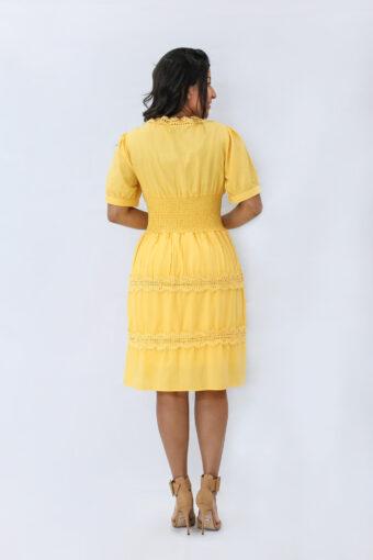 Vestido Amarelo Godê em Áquila Tauheny Store | Moda Evangélica