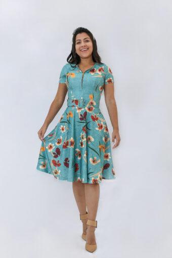 Vestido Godê Floral em Áquila Tauheny Store | Moda Evangélica