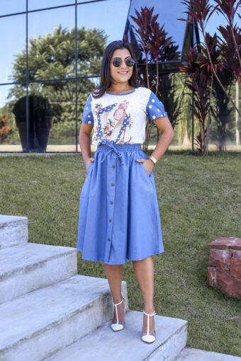 Conjunto Jeans   Saia Godê e Blusa Crepe Estampada em Áquila Tauheny Store   Moda Evangélica