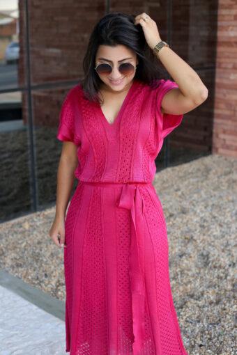 Vestido Midi Tricot Rosa em Áquila Tauheny Store | Moda Evangélica