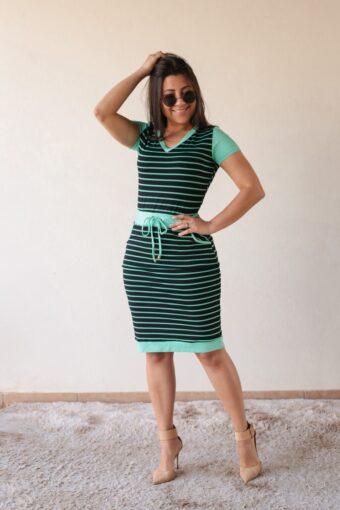 Vestido Malha Listrado Verde em Áquila Tauheny Store | Moda Evangélica
