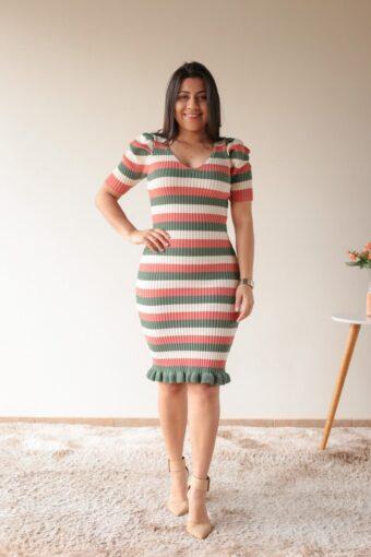 Vestido Tricot Verde com Salmão em Áquila Tauheny Store | Moda Evangélica