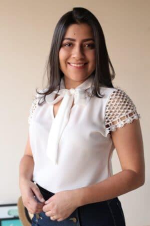 Blusa Crepe Branca em Áquila Tauheny Store | Moda Evangélica