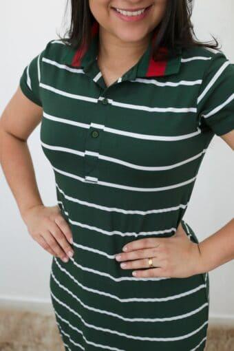 Vestido Polo Listrado Verde em Áquila Tauheny Store | Moda Evangélica