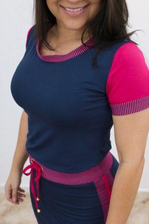 Conjunto de Malha Azul com Rosa