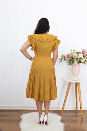Vestido de Tricot Dourado